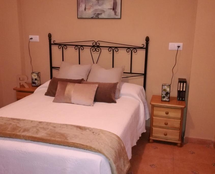 Dormitorio principal apto doble superior Ruralguejar